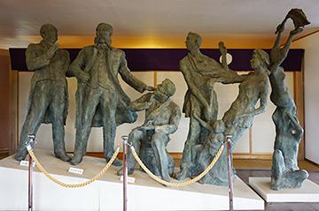 ↑展示品 開拓者の群像。